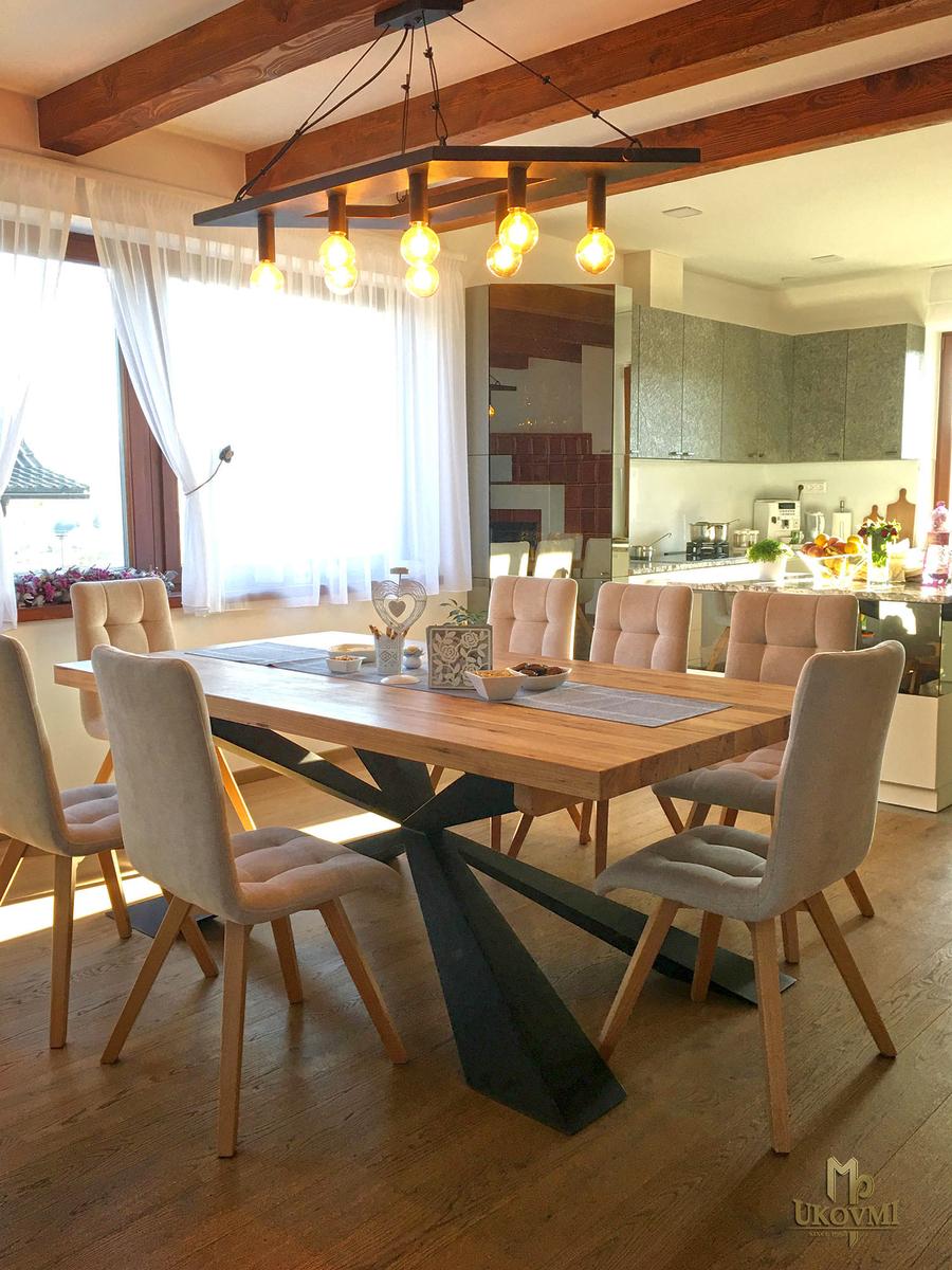 Chaises et tables | Ferronnerie d\'art Ukovmi