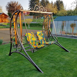 Garden swing for relaxation and well-being with a quality guarantee – forged furniture