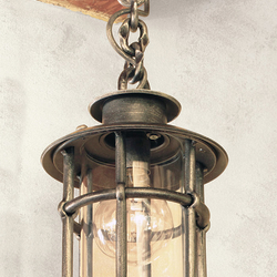 A wrought iron hanging light Classic/T