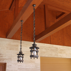 HISTORICAL pendant lamps – chain length tailored to the client's needs