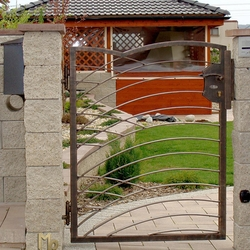 A modern gate - Design - A wrought iron gate