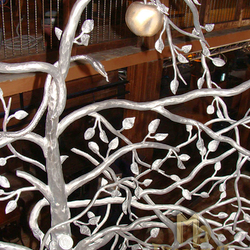 Railings - Tree - a work of art called Temptation - HAPPY END Jasná